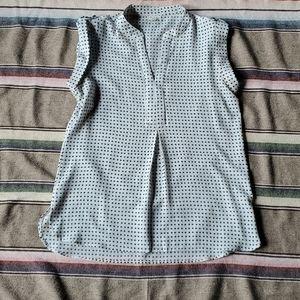 Antilia Femme Sleeveless Tunic Blouse